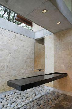 lavabo flotante ventana