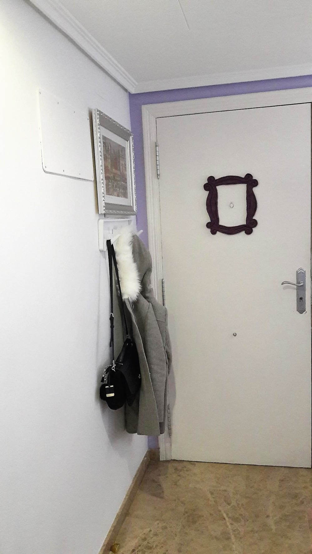 Trasera puerta recibidor.jpg