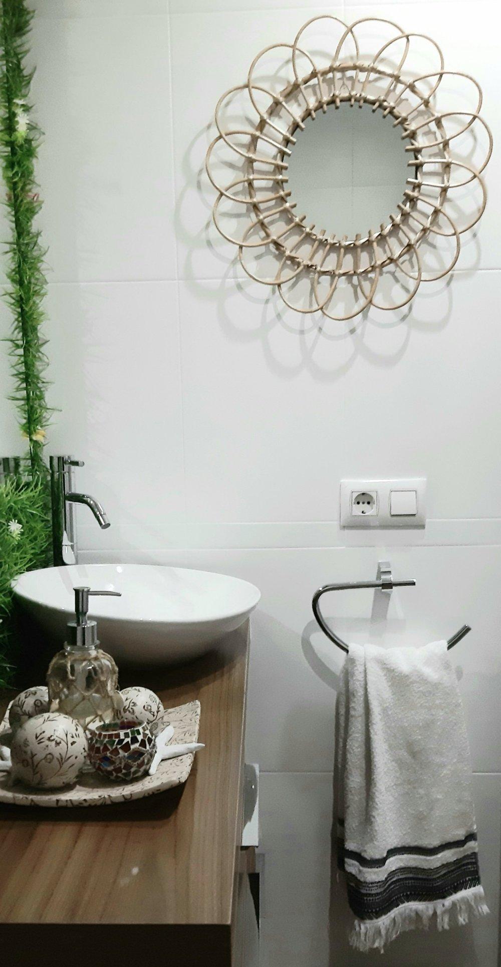 renovación baño_espejo ratán.jpg